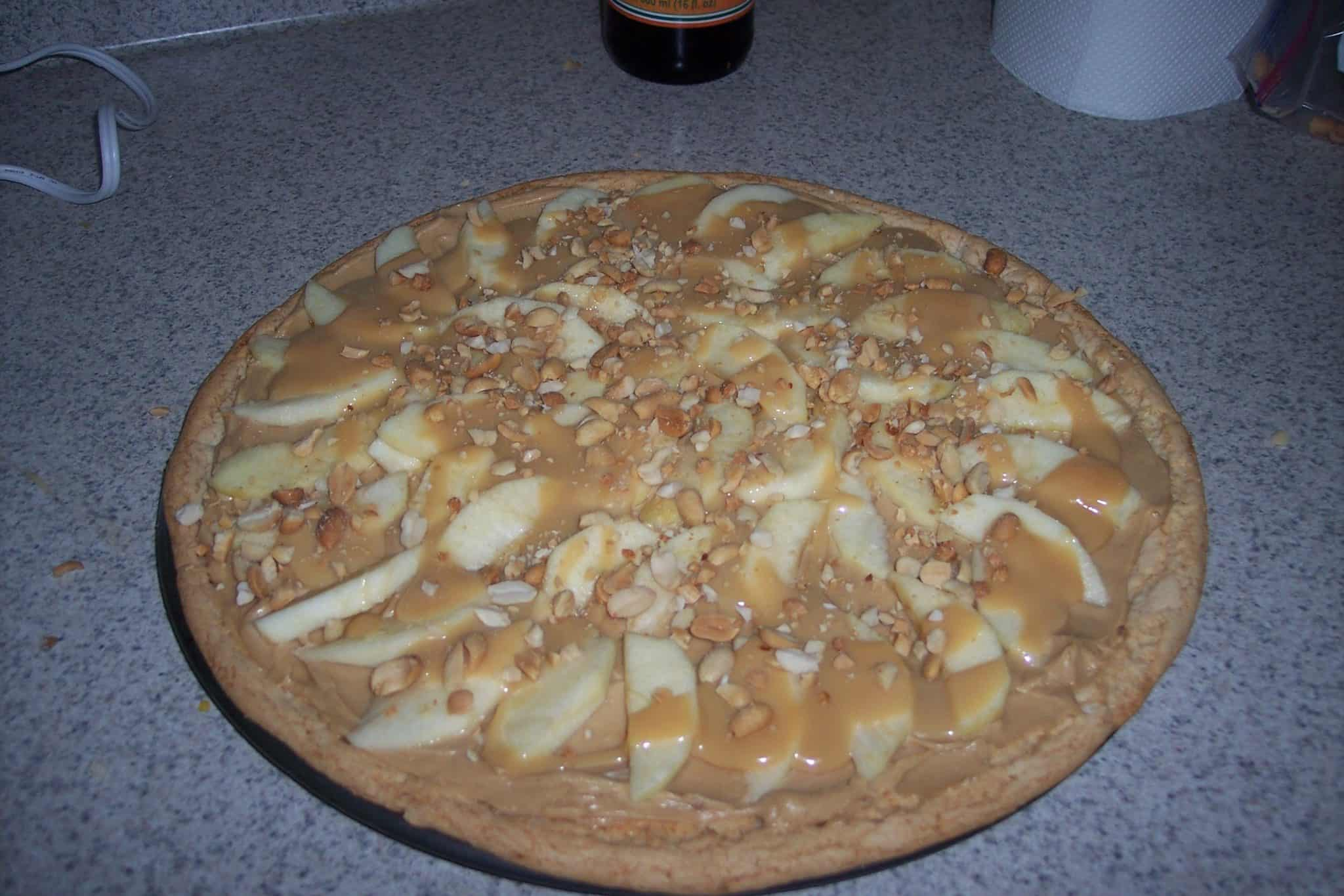 Caramel Apple Pizza - Saving You Dinero