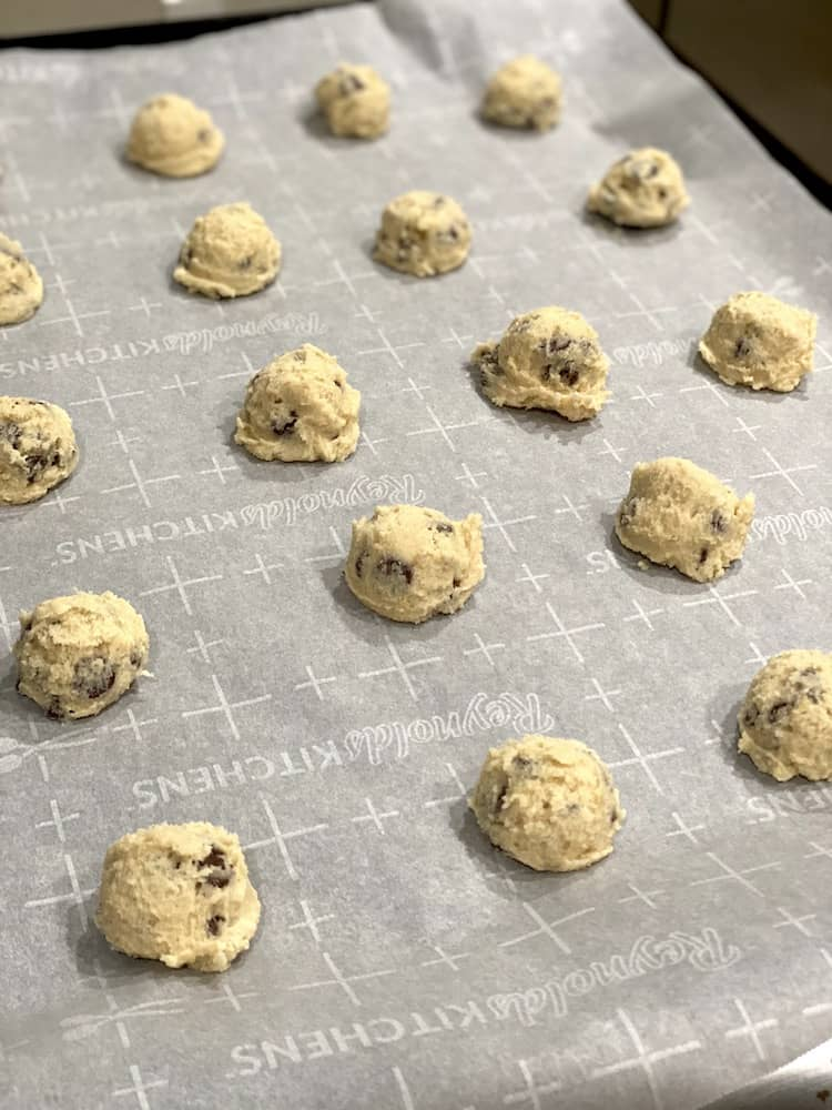 Craving cookies but you don't have brown sugar? You can still make this Chocolate Chip Cookie Recipe Without Brown Sugar cookie!