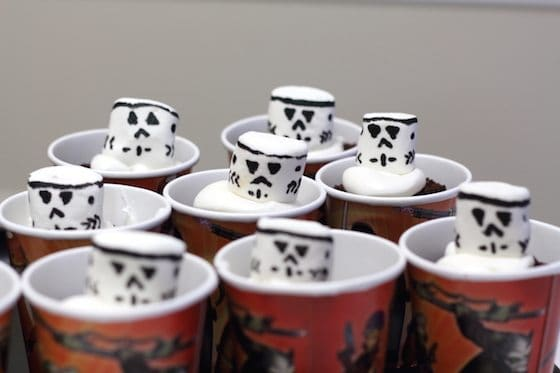 Storm Trooper Cup Cakes Star Wars Rebel Party Saving