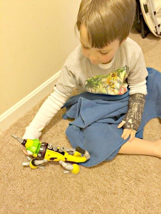 Get Dinotrux Revvit At Toys R Us Saving You Dinero