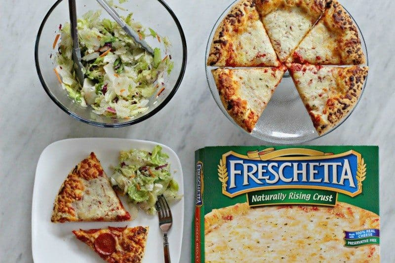Quick and Easy Pizza And Salad For Busy Nights #FreschettaFresh #CollectiveBias