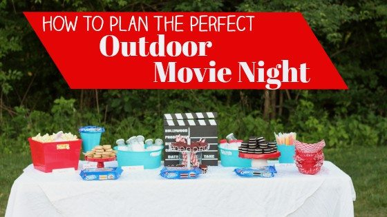 How To Plan The Perfect Outdoor Movie Night #EnterTheWonderVault