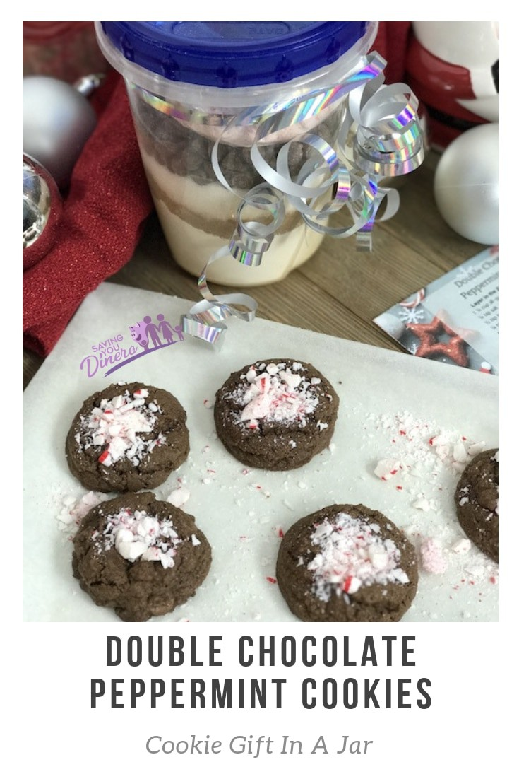 Double Chocolate Peppermint Cookies –Is a delicious DIY Cookie Gift In A Jar. It could be for friends, teens, teachers, and more. It's a cheap homemade gift that everyone will love!