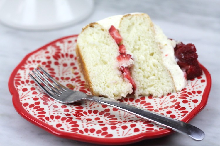 White Cake With Strawberries and White Chocolate Whipped Mousse