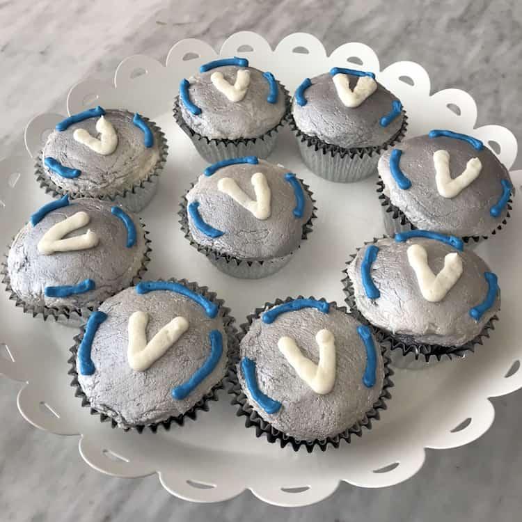 Fortnite Birthday Party Cupcakes Med Kits Recipe Saving