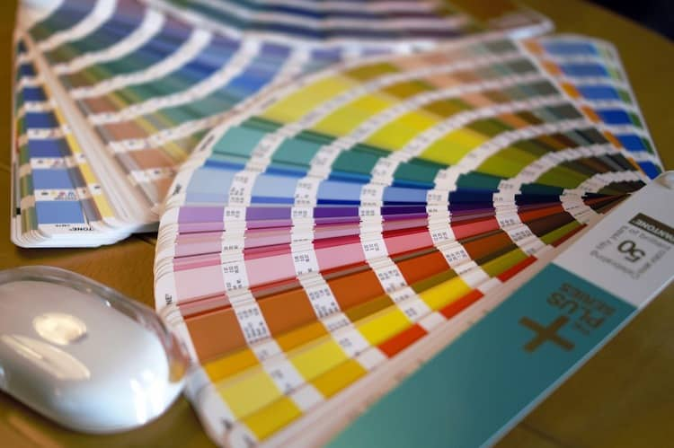 Smart Ways To Add Color To Home Décor