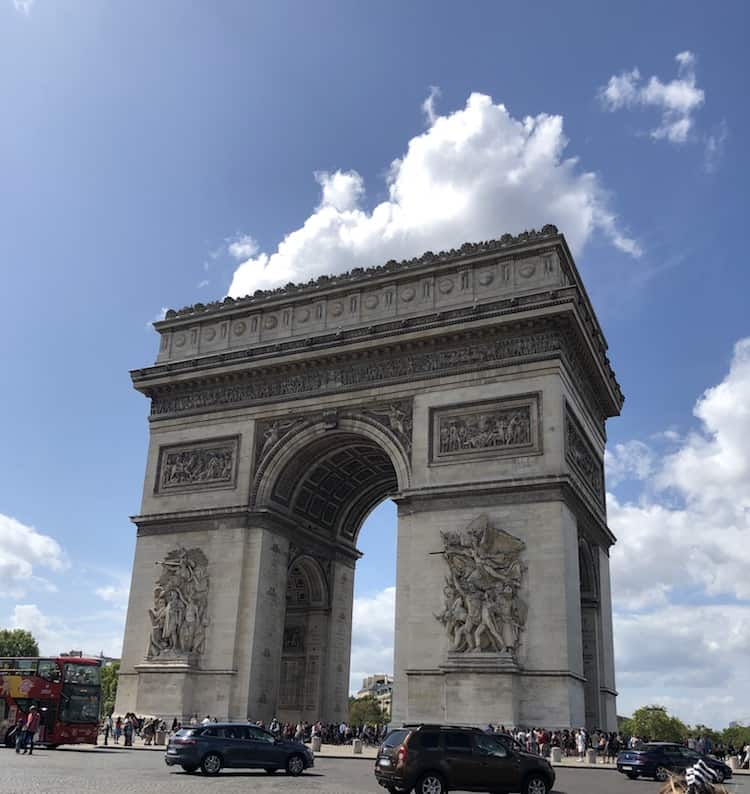 How To Get Around Paris Arc