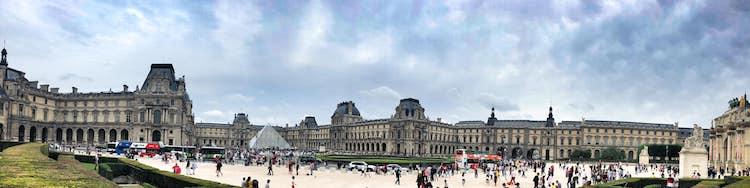 How To Get Around Paris Louvre Panoramic
