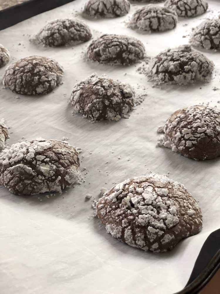 You can make Brownie Mix Cookies with just a few ingredients. They are are chocolatey, fudgy and brownie and cookie lovers will love these cookies!