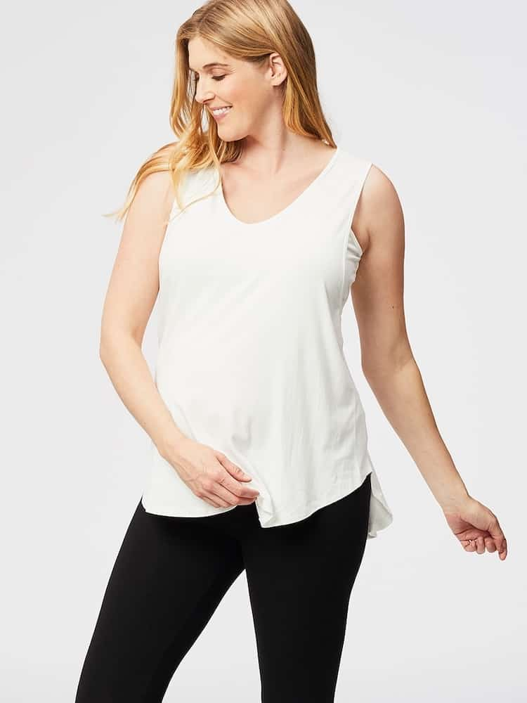 If you are looking for the best nursing bra, check out the selection from Cake Maternity. You will love the new Chantilly Bralette.