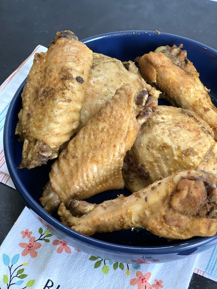 It's time to start turkey dinner planning! If you don't want to make a whole turkey you can find instructions about how to roast turkey wings!
